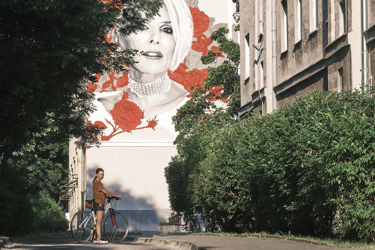 Kliknij obrazek, aby uzyskać większą wersję  Nazwa:Kora mural Beatka.jpg Wyświetleń:15 Rozmiar:3,05 MB ID:52452