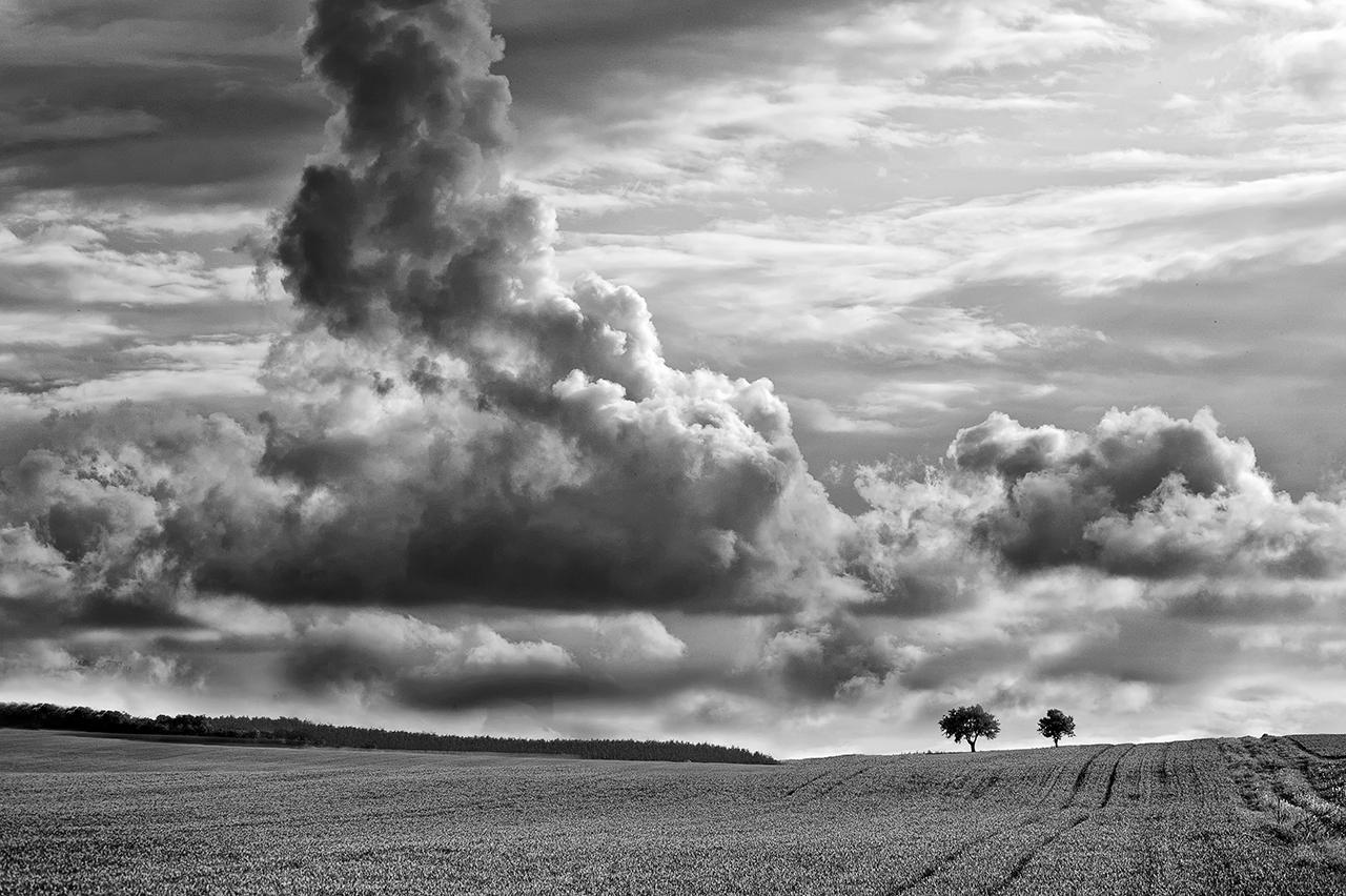 Kliknij obrazek, aby uzyskać większą wersję  Nazwa:chmury (3).jpg Wyświetleń:80 Rozmiar:612,4 KB ID:42534