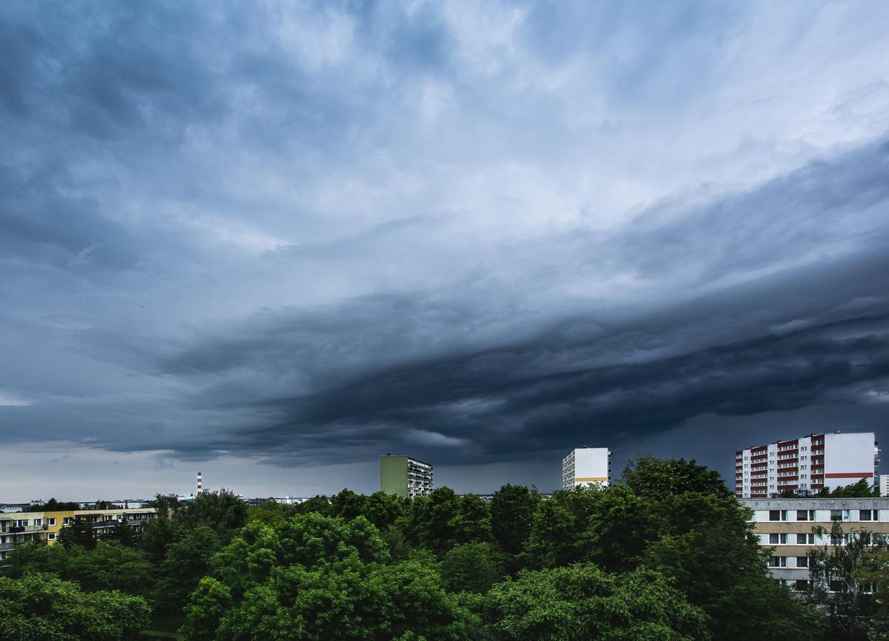 Kliknij obrazek, aby uzyskać większą wersję  Nazwa:chmury (4).JPG Wyświetleń:3 Rozmiar:1,23 MB ID:42535